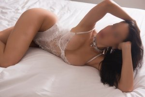 Berthile blonde escorts in Portland, OR